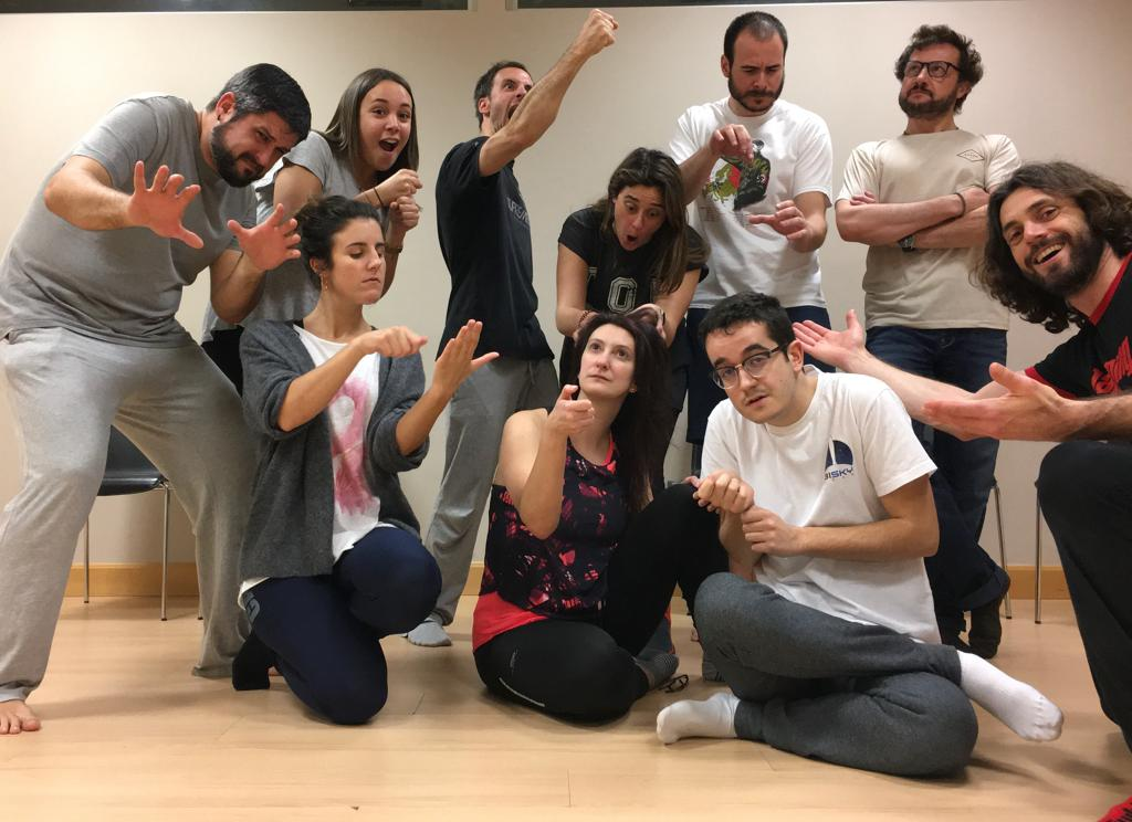 «Lo que realmente cuenta, en la aventura de la existencia, no es cuántos talentos uno recibió, sino la capacidad de disfrutar lo que tenemos» .- Claudio Magris  bilbao@jammingweb.com   @teatrocampos @EscuelaJamming @Jamming_BCN @jammingteatro #FelizMiércoles #Bilbao #Antzerkiapic.twitter.com/I9oCoNffxf
