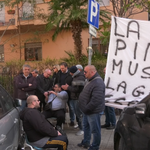Image for the Tweet beginning: Continua la protesta dei lavoratori
