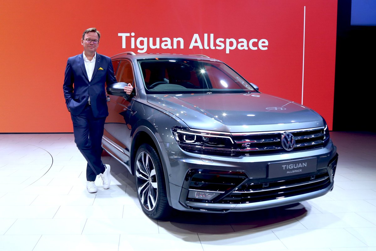 The Tiguan you love now has place for everyone you wish to take along. Experience luxurious drives in the 7-seater Volkswagen Tiguan Allspace.#VWxAutoExpo #AutoExpo2020 #TiguanAllSpace #Volkswagen #VolkswagenIndia #VolkswagenMadras