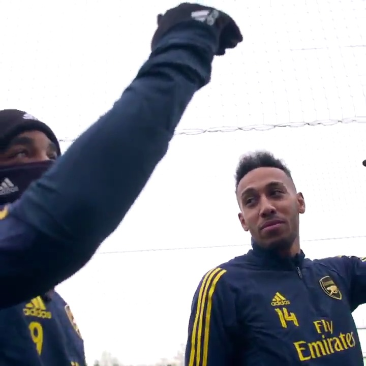 Get you a hype man like Laca 🤣 🐐 @LacazetteAlex 🐐 @Aubameyang7 Us 🤝 This content