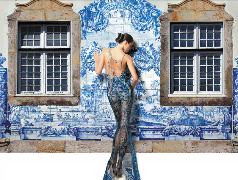 Portuguese Tradition #tiles and #fashion  pic.twitter.com/lwnTJrw0SP