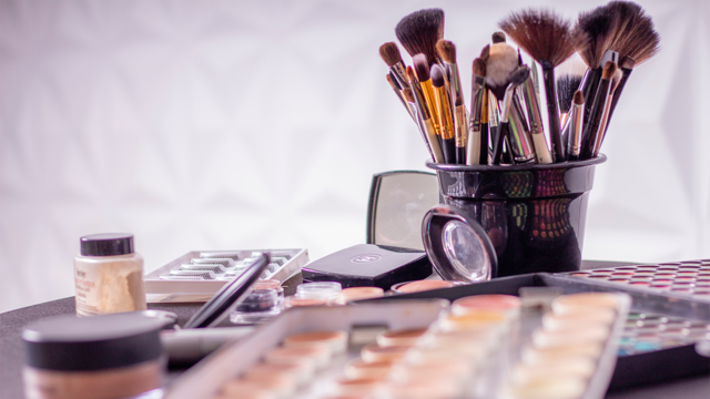 Here are the sneaky ways bacteria get into your beauty products!💄  #click2houston #kprc2 #beauty #makeup