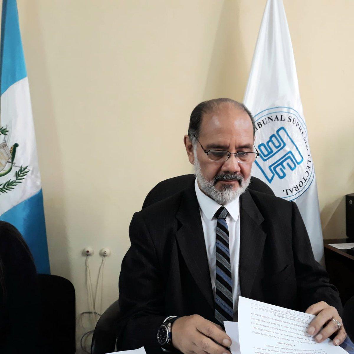 test Twitter Media - Leopoldo Guerra, Director del Registro de Ciudadanos del TSE, anuncia que se inició el proceso de cancelación de la UNE. https://t.co/1gTunqp4a3