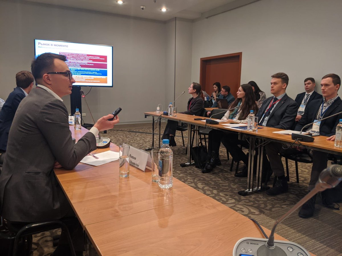 Russia has been a difficult market for #RE100 members due to lack of access to and tracking of #renewables for business users. @theRE100's @aklassen88 is in Moscow to see how we can change that. @ClimateGroup