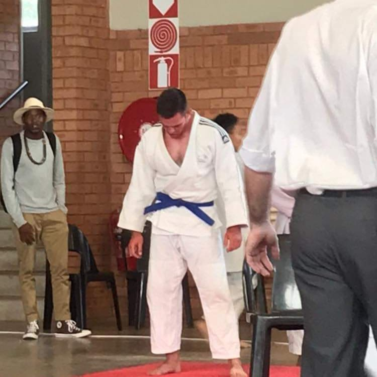 UJ Para-athlete Jacque Joubert, a  visually impaired judoka will be competing in four judo tournaments to try qualify for the Paralympics. If Jacque qualifies he will be one of the first two South Africans EVER to represent SA in judo at the Paralympics. #OrangeArmy #UJallthewaypic.twitter.com/Qysf90aVVU