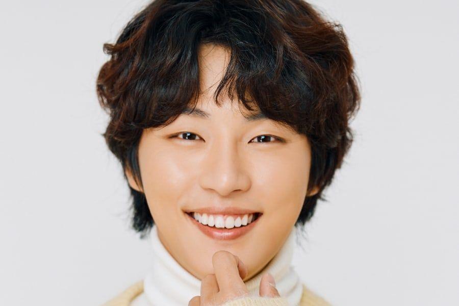 #YoonShiYoon In Talks For OCN Sci-Fi Drama soompi.com/article/138391…