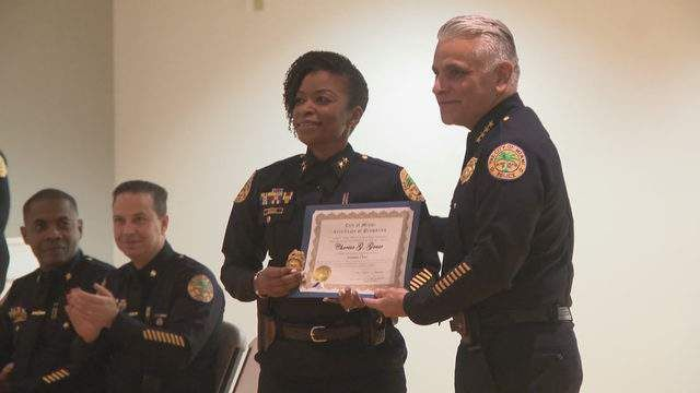 On this WCW, #TeamDotie is lifting up District 108's very own Commander Cherise Gause,  the firstfemale #HaitianAmerican Assistant Chief for City of #Miami @MiamiPD @CGauseMPD #WomanCrushWednesday #BlackGirlMagic #blackexcellence #BlackHistoryMonth https://buff.ly/2vxMrkL
