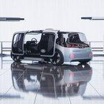 Image for the Tweet beginning: Jaguar Land Rover, kentsel mekanlarda