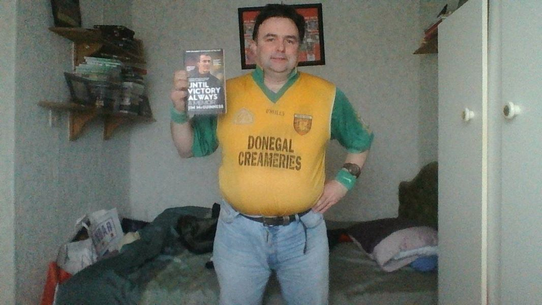 @11larky Holding Jim McGunness' autobio in my Donegal jersey (left) & as it is now (right)without the printwork. I've had it since 1997 - NOT 1987 as prev stated (a typo) pic.twitter.com/MSFfY1xIzK