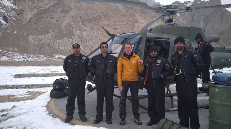 #BroadPeak & #K2 winter expedition 2020: a heli evacuation Denis Urubko  from Base Camp  https://t.co/wzDIw9aiHZ  #BPK2winter #K2 #winterexpedition https://t.co/AdoCZZO9w1
