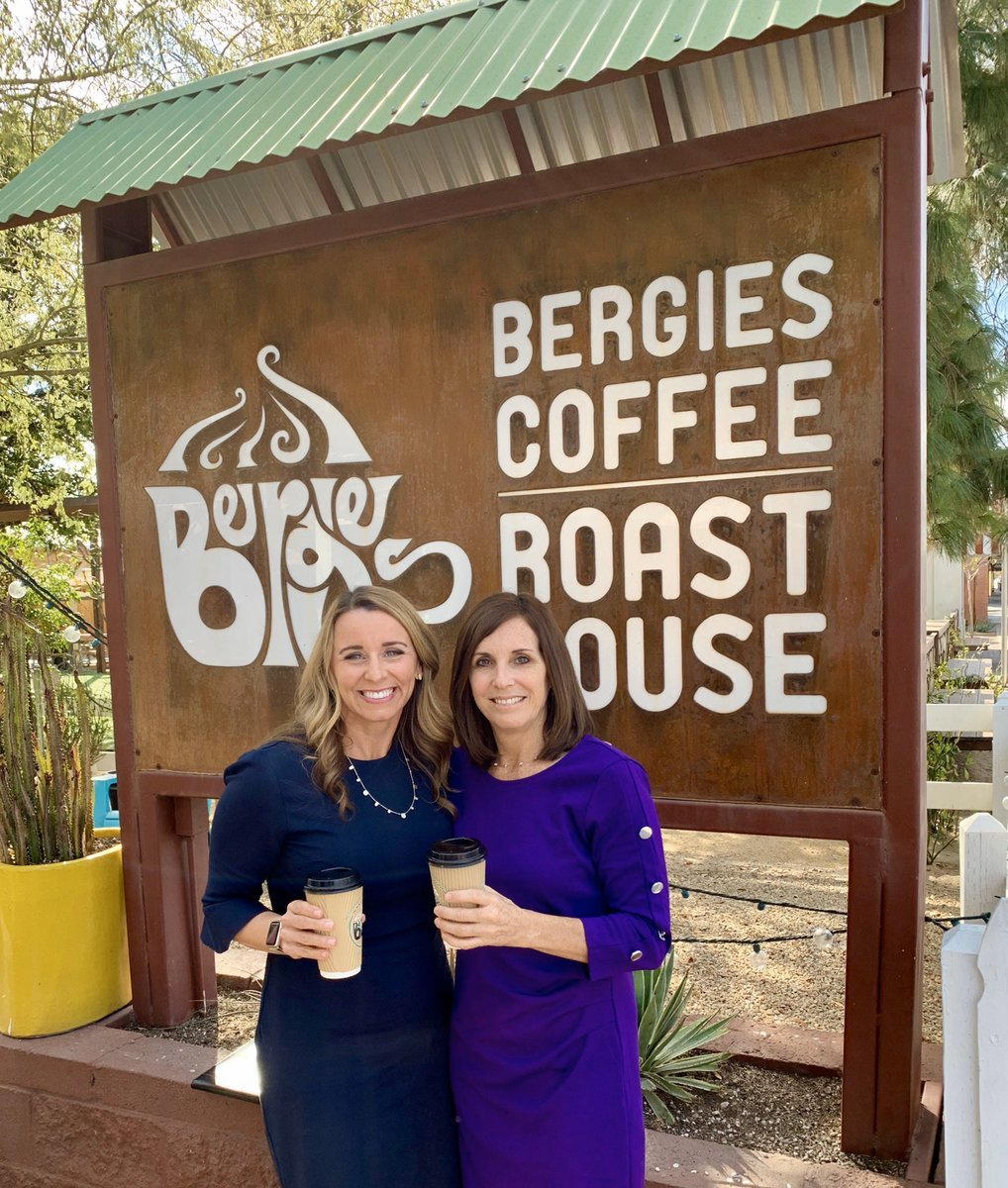 Catching up with @GilbertAZMayor Jenn Daniels at @BergiesCoffee.