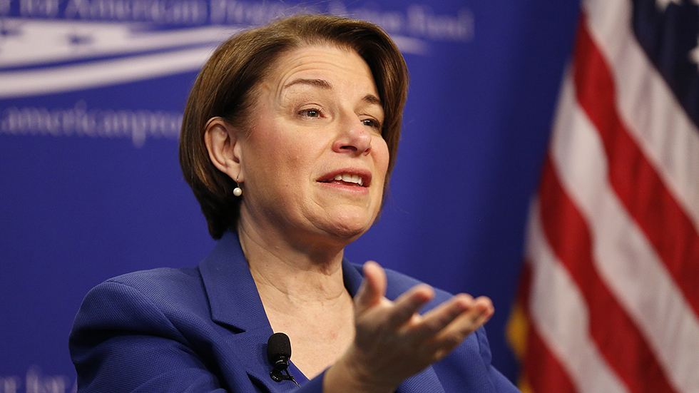 """Klobuchar brushes off not being able to name Mexican president: Campaign isn't a game of """"Jeopardy"""" http://hill.cm/AMmF1av"""