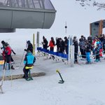 Image for the Tweet beginning: How to avoid lift queues.