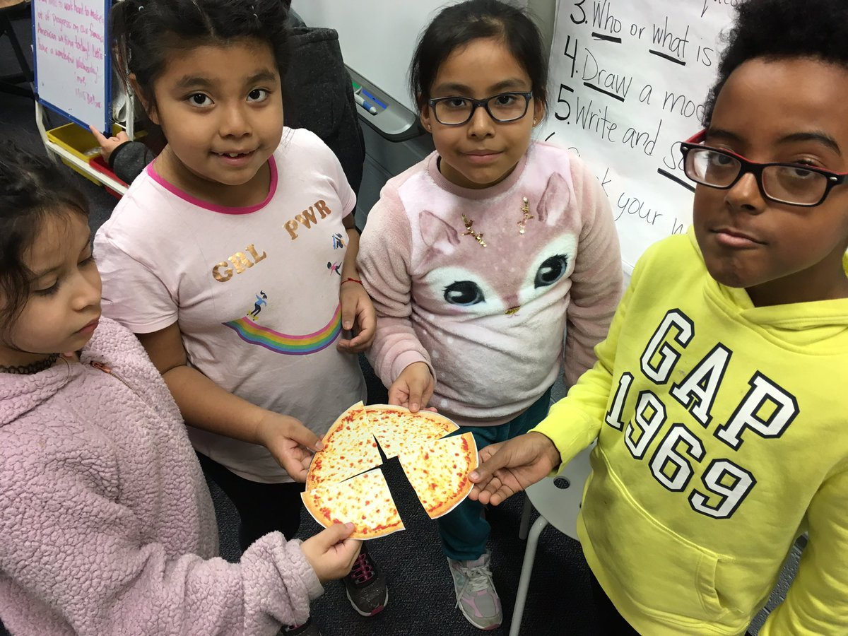 """Sharing and comparing """"pizzas"""" this morning! 🍕 <a target='_blank' href='http://twitter.com/CampbellAPS'>@CampbellAPS</a> <a target='_blank' href='https://t.co/q7MB77PMlb'>https://t.co/q7MB77PMlb</a>"""