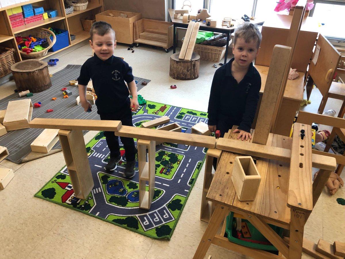 Building bridges #innovativeideas pic.twitter.com/I2iKdRx5xV