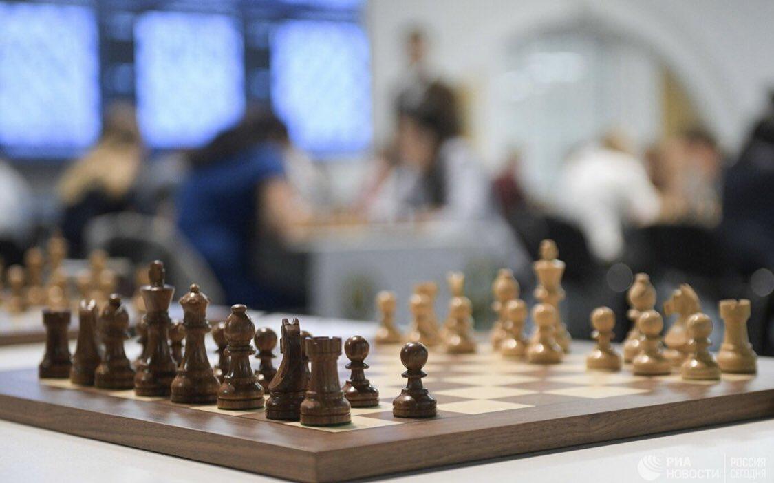 test Twitter Media - RT @rsportru: FIDE может предоставить китайской делегации дом в Подмосковье https://t.co/SxLx4KdsGT https://t.co/i6wMCmWngS