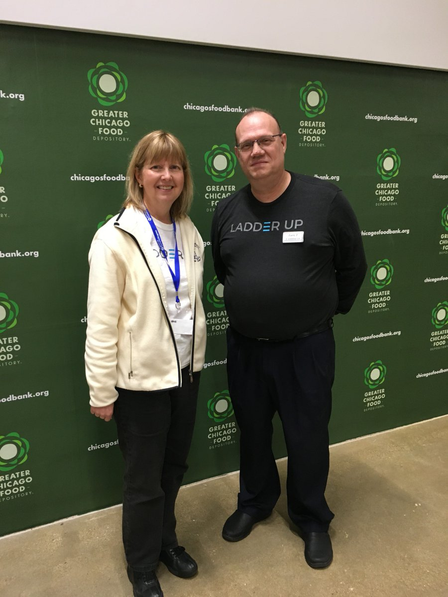 Kudos to volunteer Mardel G., a regular at our Aurora Site, who tried something new and came to our Brighton Park tax hosted at the Greater Chicago Food Depository. We're so grateful to volunteers like Mardel who are willing to try something new! #LadderUppic.twitter.com/uKx6p36BQD