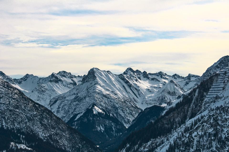 Blick ins Madautal #lechtalinfocom #lechtal #lechtaleralpen #wintersports #snowsport #mountainlove #tirol #austrianalps#tyrol #mountainspic.twitter.com/gyxSRLbzC8