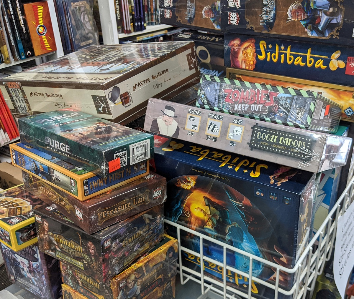 Last chance for clearance games!  Prices down to $15 or less for all clearance #games!  Get them before they go away.  #BoardGames #CardGames #FamilyGames #Salepic.twitter.com/NmE5BWQ81z