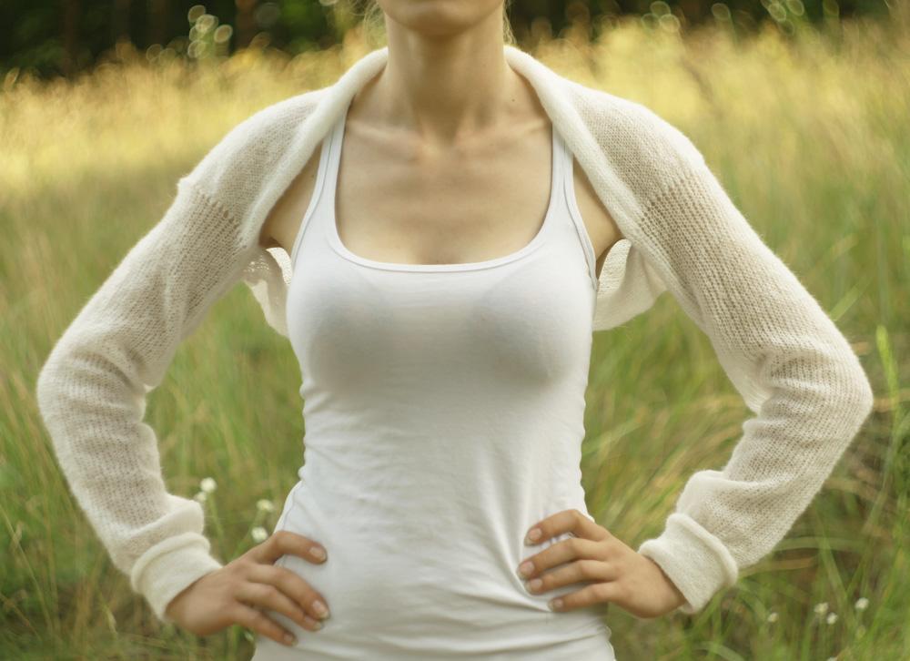 #Bridal #bolero #Ivory #White #shrug #Knit #mohair #coverup #Bridalsweater #handmade #knitted #wool #cape  @Etsy