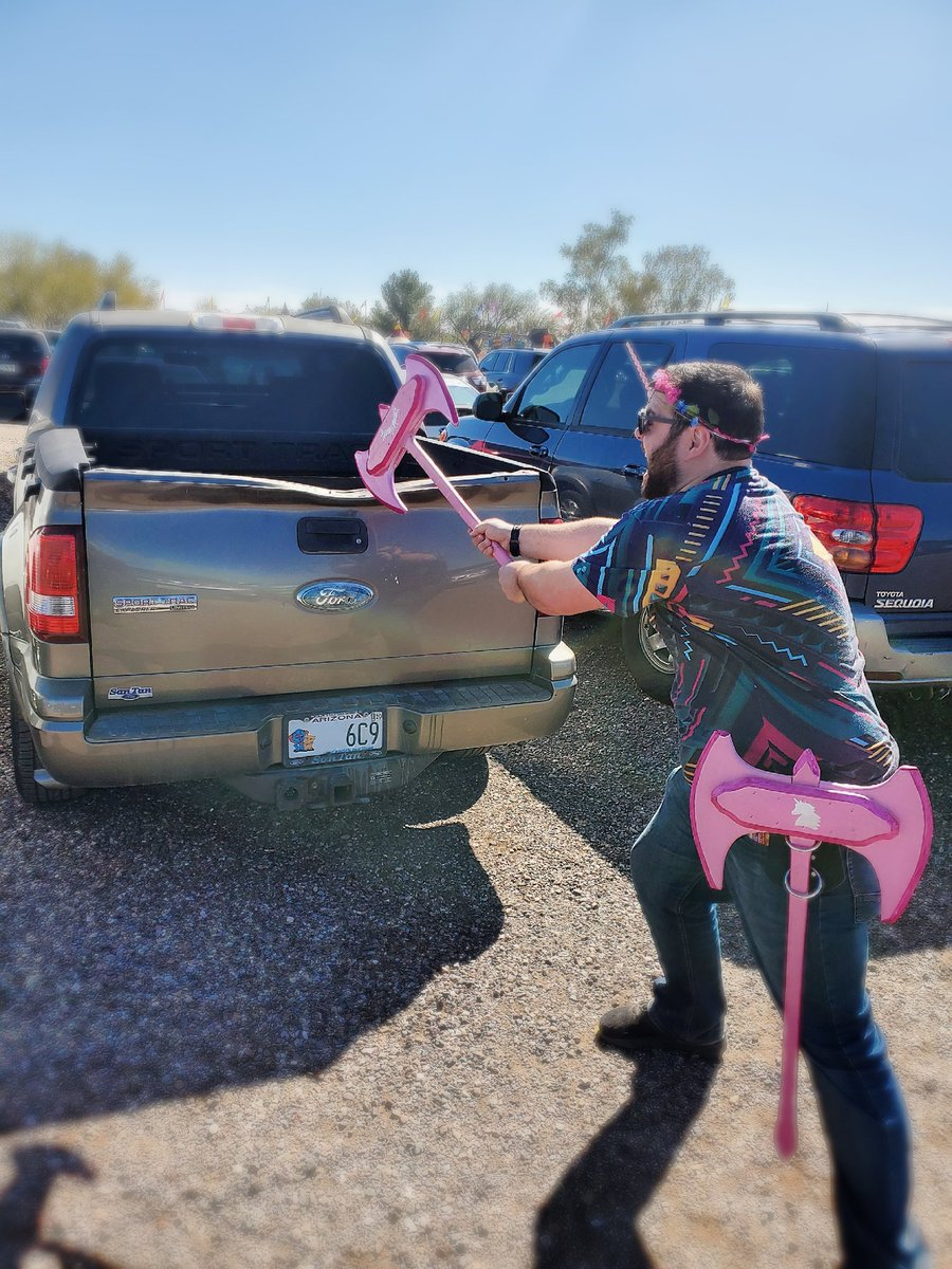 Not gonna lie. I'm pretty threatening.   This was this past weekend at the Arizona #RenaissanceFestival.   This poor poor Ford. My pink wooden axes were too strong. pic.twitter.com/JlCosviSs2