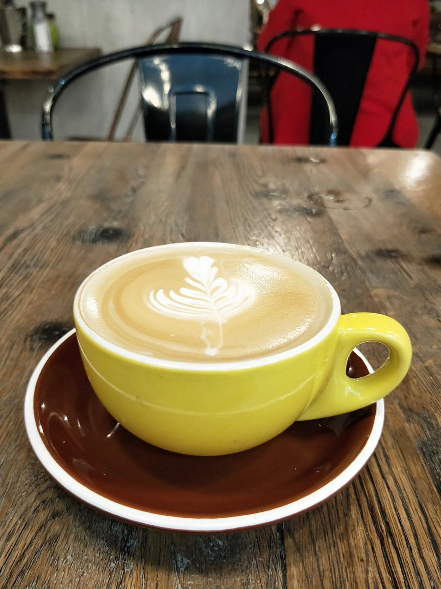 """""""flat white"""" sounds boring next to what a guy next to me ordered: """"latte with sugar syrup""""  you can ask for sugar syrup now?!? #coffee #nosugar"""