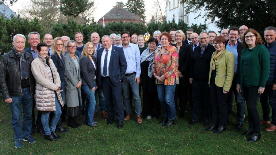 CDU-Kreisvorstand bereitet in Klausurtagung Kommunalwahlen vor -   NRW-Generalsekretär Josef Hoveljürgen zu Gast https://buff.ly/329nnN9pic.twitter.com/zYClK8ow5g