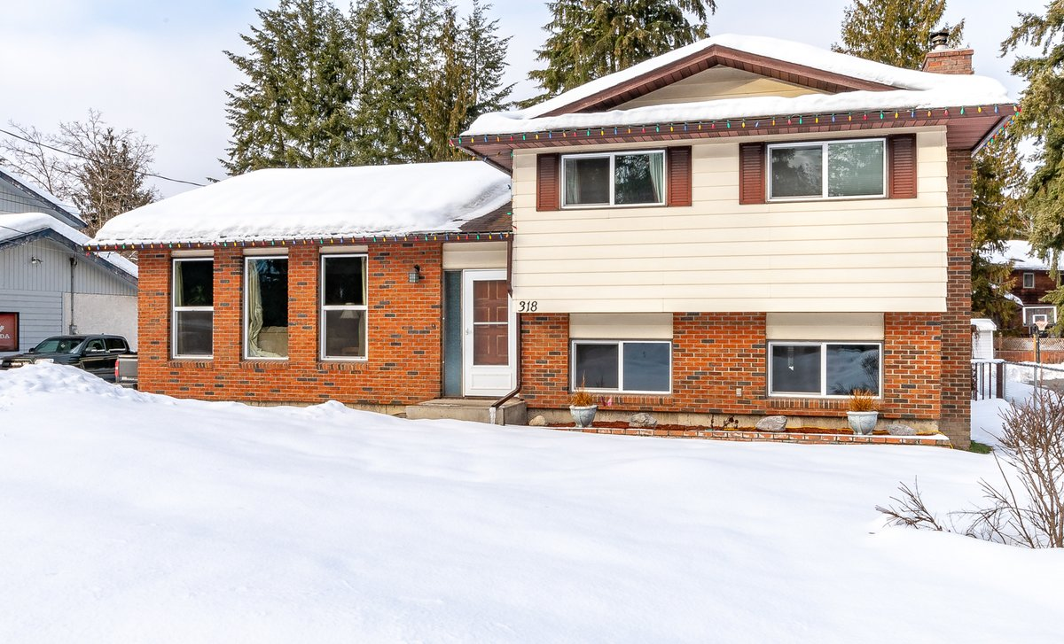 https://www.c21.ca/listing-omreb/10199804-318-kappel-st-sicamous-british-columbia-v0e-2v1/ … Dave Strle Sales Representative, REALTOR® Telephone: 250-833-8391 Century 21 Executives Realty Ltd MLS® 10199804pic.twitter.com/pgrzvPdO5K