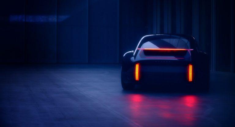 RevistaMotor: #prototipo Hyundai anticipa un sedán deportivo y eléctrico de estilo... ¿Porsche?