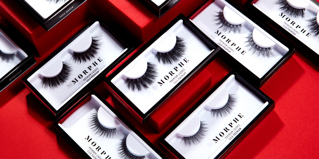 ATTN #Morphebabes, it's time for our #NationalLashDay #GIVEAWAY 👀🖤✨  THREE lucky winners will WIN our 12 NEW Premium Lashes!  HOW TO ENTER: 🖤 Follow @MorpheBrushes 🖤 Comment the most amount of times you've worn a pair of lashes. Be honest. 😘 🖤 Tag 2 friends