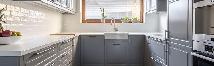 """Why not go for a whole new look in your kitchen, and refinish your cabinets with a touch of French flair?"" https://blog.renovationfind.com/transform-your-home-by-refinishing-your-cabinets-with-french-country-flair-in-9-easy-steps/ … #FrenchCountry #FrenchStyle #FrenchTheme #FrenchDesign #InteriorDesign #CabinetDesign #DIY #FrenchChic #FrenchFlair @RenovationFindpic.twitter.com/I5PshDaDxR"