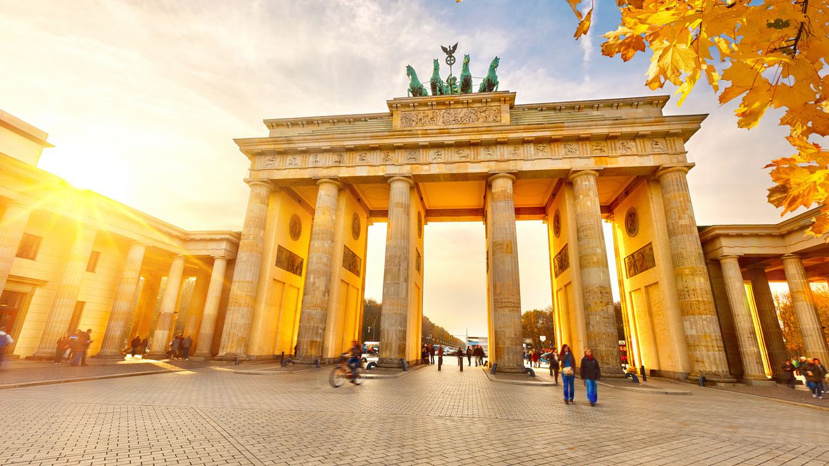 Berlin 5* 2nt Hilton spring city break with flights, from £164pp http://dlvr.it/RQM2sx   #Motogp #F1 #Formula1 #quote #flying #Classics #Hamilton #GrandPrix