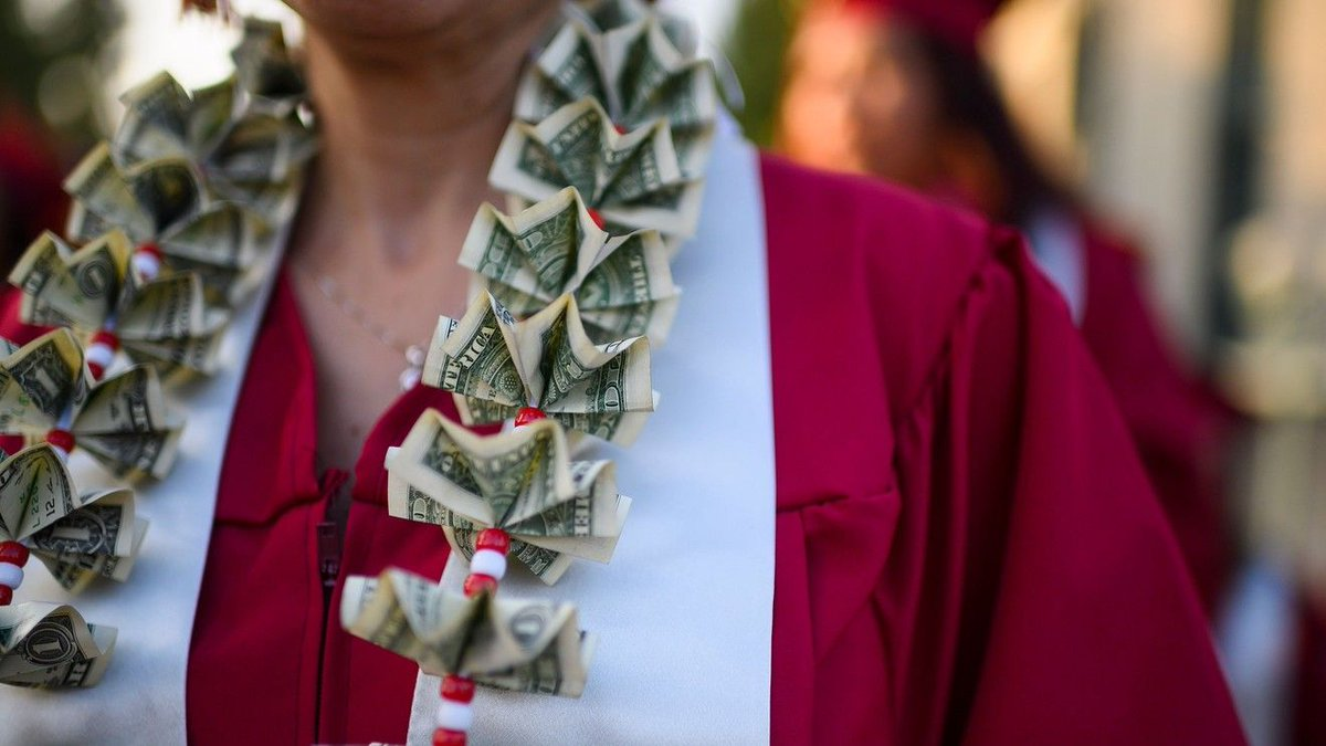 A college president's advice to students: Don't borrow to pay tuition - via @MarketWatch https://buff.ly/2usYGiF #college #financialaidpic.twitter.com/ehitxci0Mz
