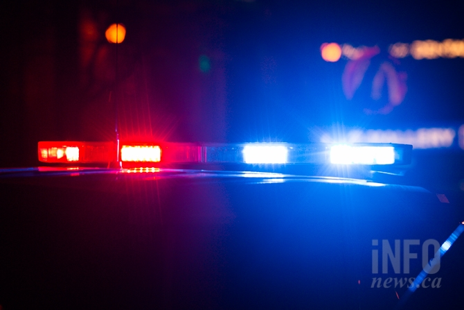 Suspected drunk driver hits barricades on Bennett bridge in West Kelowna #WestKelowna #BennettBridge https://is.gd/rdGtwtpic.twitter.com/JXmDLKp0n9