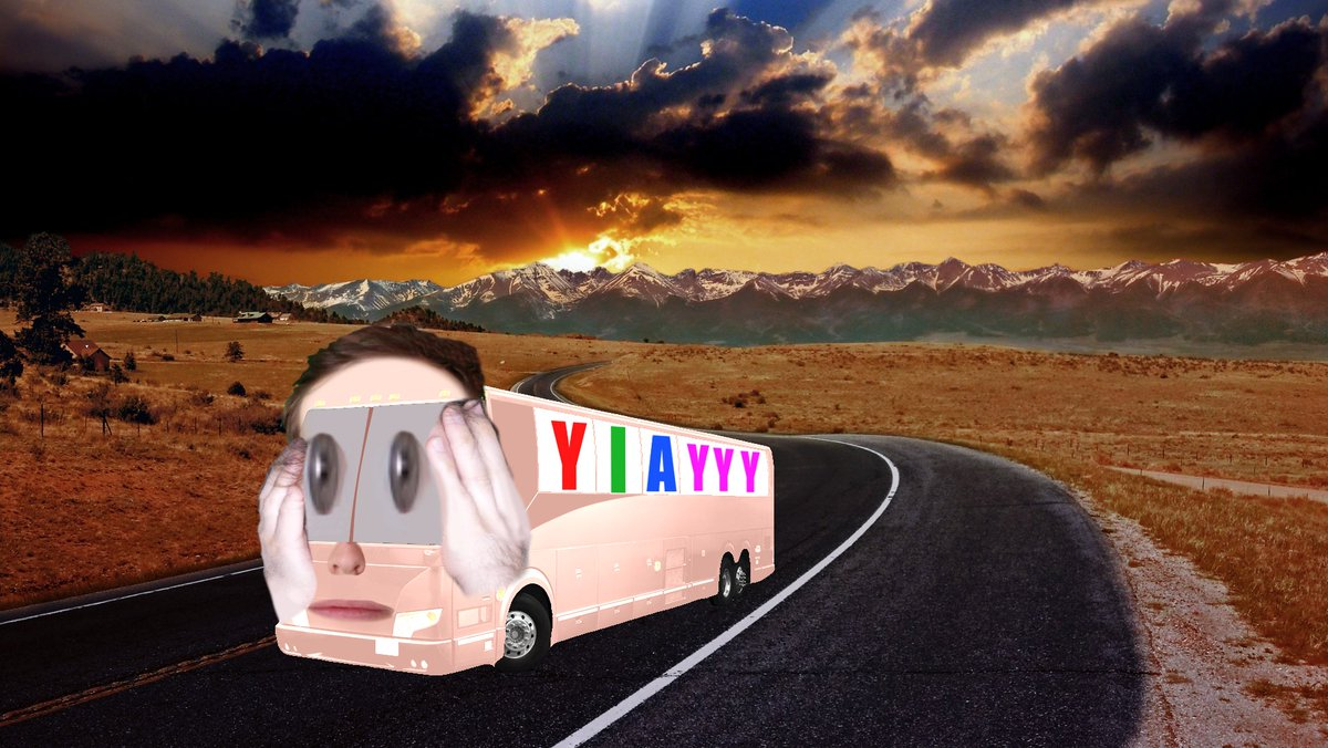 #YIAYbus Fun for the whole family! <br>http://pic.twitter.com/PlqSb2q1eB