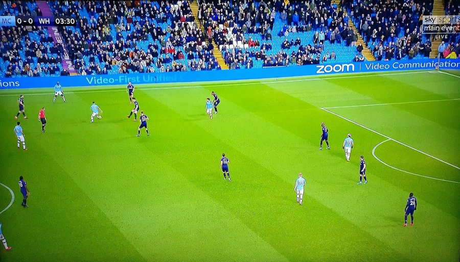 Manchester City fans stayed home to watch UCL 😭