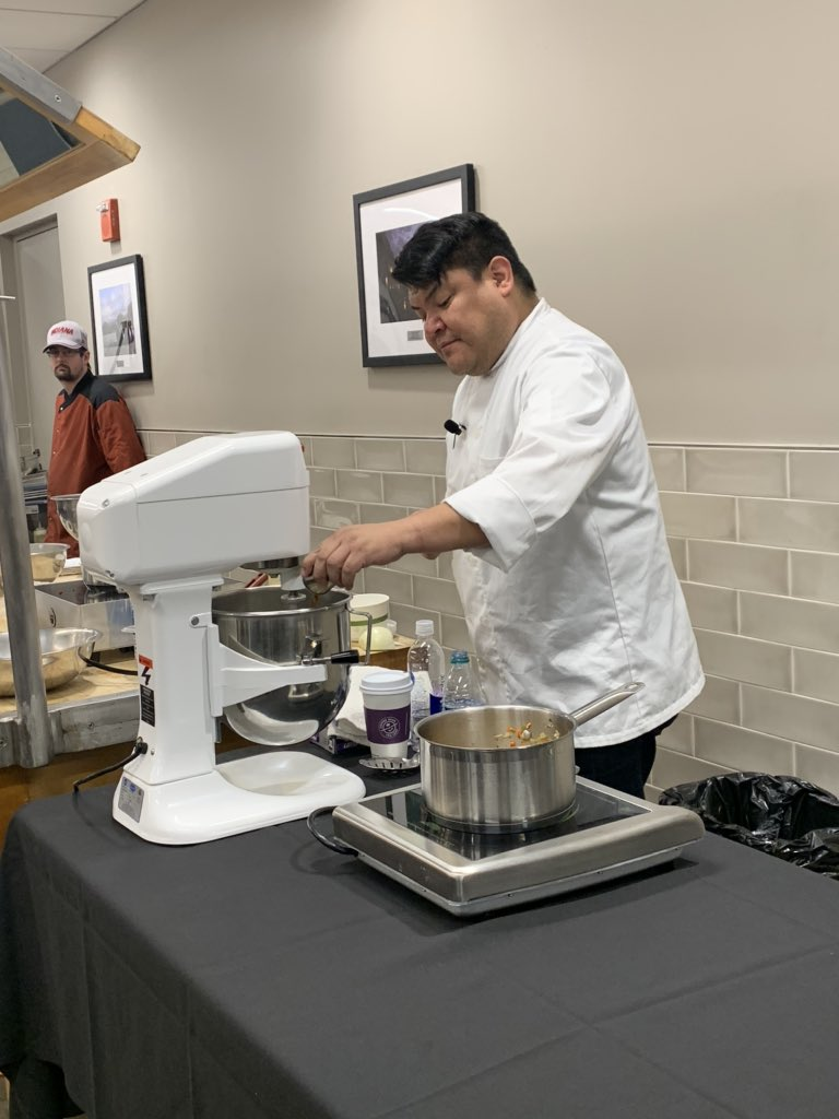 Thanks for the demo @Chef_fjbits! Now it's time to take all that we learned to the kitchen... #IndianaRemixed @IUBloomington @IUDining @IU_OVPDEMA @iufye