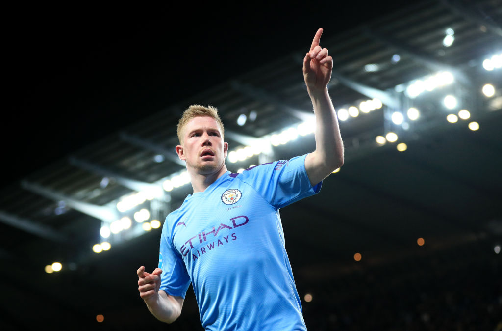 Kevin de Bruyne starred as Manchester City strolled to a comfortable win against West Ham.Report: https://bbc.in/38Ioypv #bbcfootball #MCIWHU
