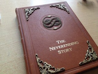 Finally here are some fan made books  #MichaelEnde #DieUnendlicheGeschichte #TheNeverEndingStorypic.twitter.com/z7iJSkjCe9