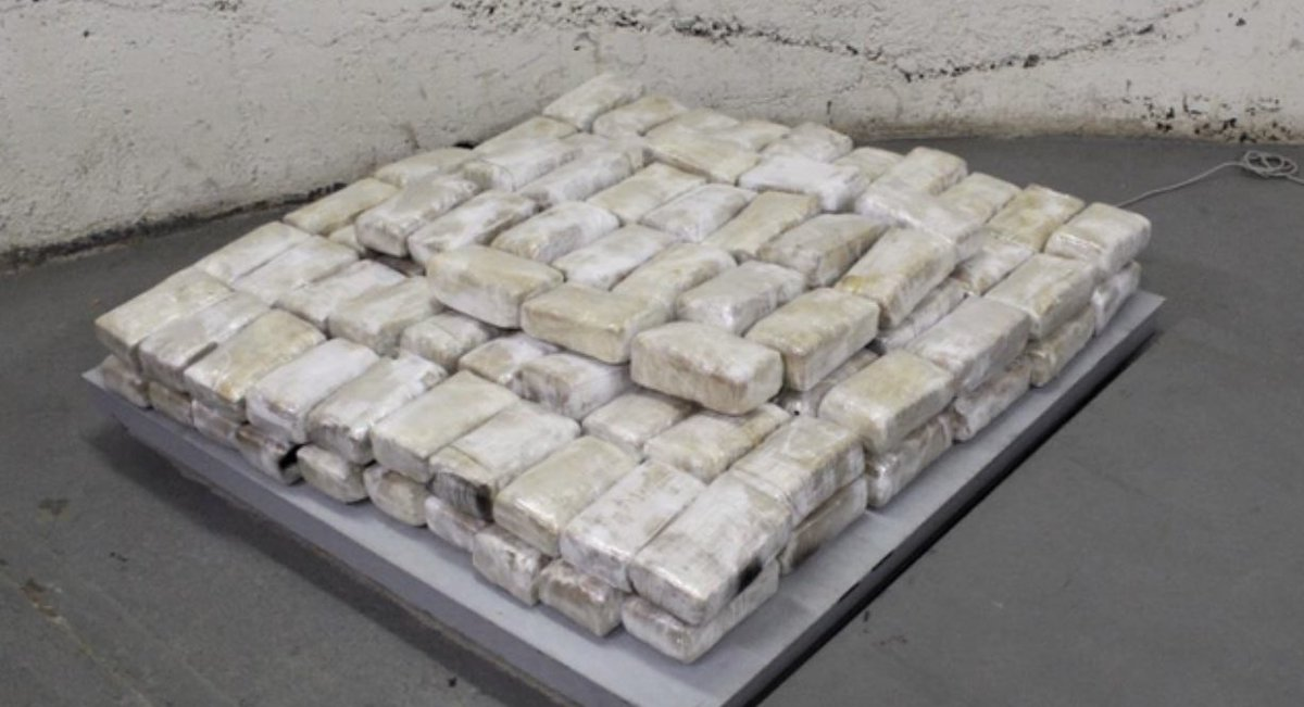 Browns offensive tackle Greg Robinson alleged to have 157 pounds of marijuana in his rental car. This is what 157 pounds of pot looks like. It has a street value of in between $300,000 and $750,000, depending on quality and location of sale.