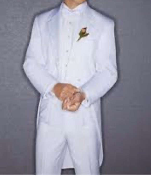 Thank our lucky stars that LJG didn't wear white. Is he by chance from the future? Like Fred Astaire, a white tuxedo and tails? #ljg #OutlanderS5 #davidberry