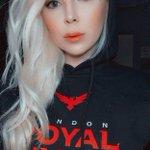 Image for the Tweet beginning: royal ravens fan-girl