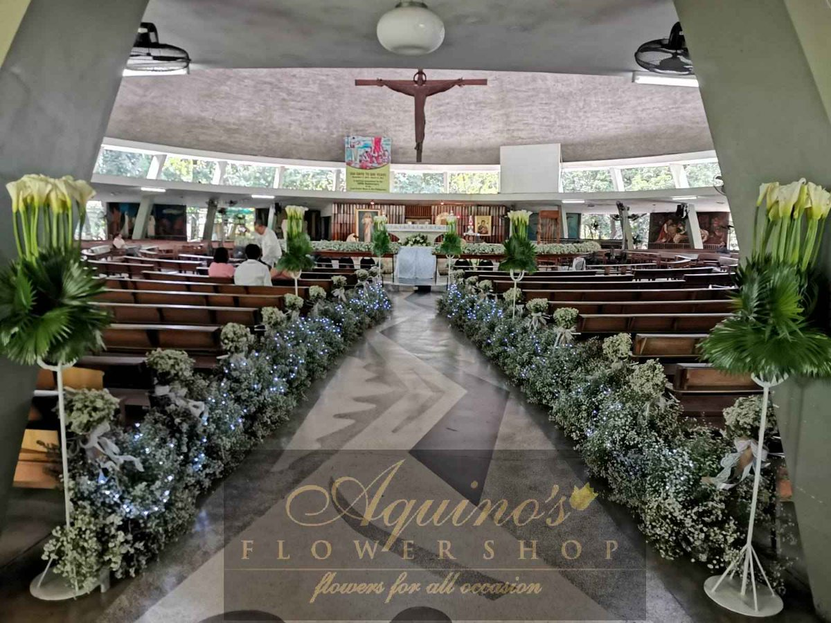 """Together is a beautiful place to be.❤️ #Wedding #WeddingFlowers  """"When you think of #FLOWERS, think of ours."""" #AquinosFlowershop #FlowersforAllOccasion  Contact us at (0917) 8105693. 😊"""