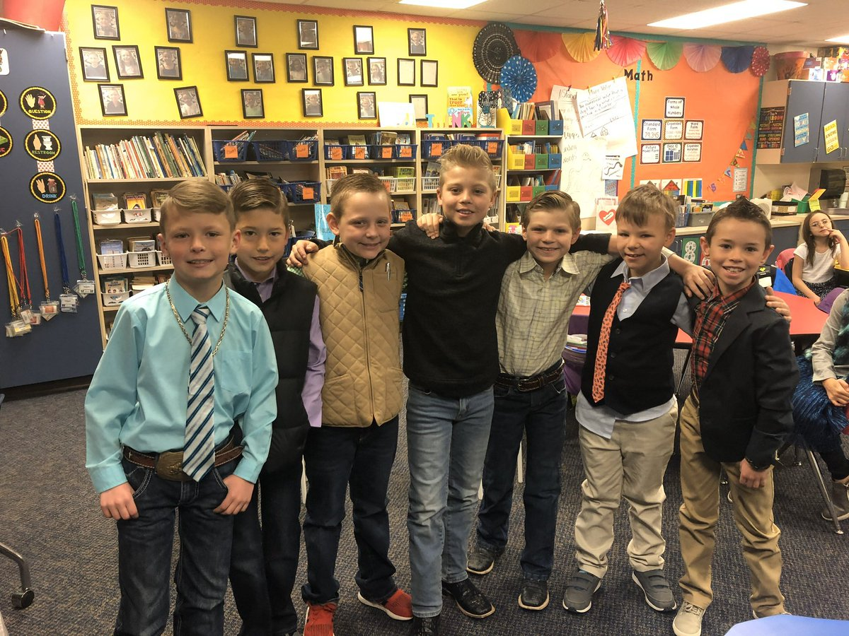 """These kids are """"Dressed for Success"""" and practicing their soft skills. #CISDcompetitiveedge"""