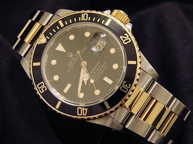 http://ow.ly/ETcd30qe9wg #Rolex 2-Tone 18K/SS #Submariner Ref. 16803. Available for just $8,799.98 or starting at $285/mo with #Affirmfinancing @Beckertime #rolexpassion #rolexwatch #rolexwatches #mondani #horology #rolexaholics #luxurybrand #watchcollectingpic.twitter.com/8w642L5SNZ