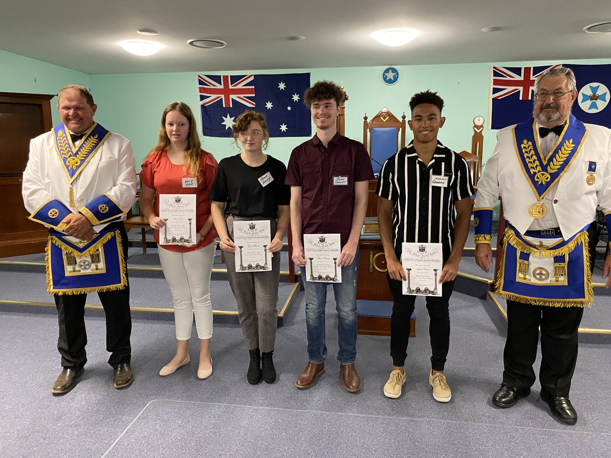 A very joyous Raphael Lodge Pascoe Bursary Presentation took place at the Roma Masonic Centre on Monday night 20 January with 4 of the 5 Recipients present. Together with their parents, friends and Brethren, we had a total of 30 people in the Lodge. #freemasonry #bursary #romapic.twitter.com/YlIzgUD5X8