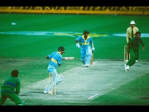 #OnThisDay in 1985 : Sunil Gavaskar and Mohammad Azharuddin steers to India comfortable six-wicket victory over Pakistan in the third match of Benson & Hedges World Championship of Cricket.   https://www. crichighlightsvidz.com/2020/02/india- vs-pakistan-3rd-match-benson-hedges-world-championship-of-cricket-1985-highlights.html  …   #sunilgavaskar #mohammadazharuddin #indiavspakistan #indvspak<br>http://pic.twitter.com/uIp1fMZOFd