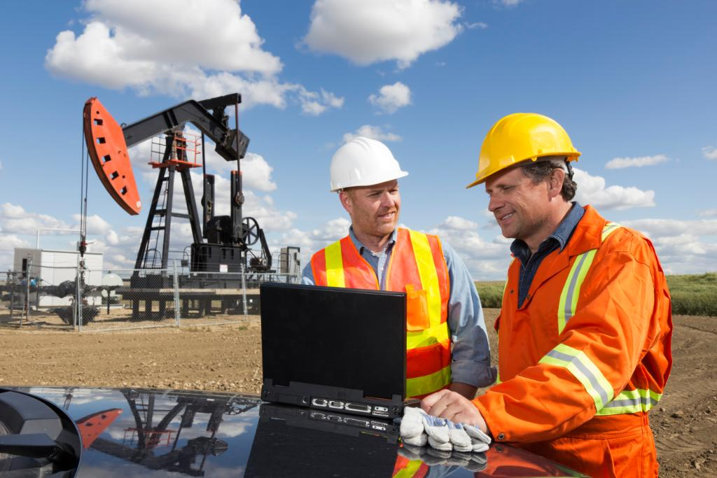Read this blog to get knowledge on how oil and gas companies COO's are the backbone to operational success in the evolving #digital economy http://sap.to/60151Yjot pic.twitter.com/GQ2j762u0G