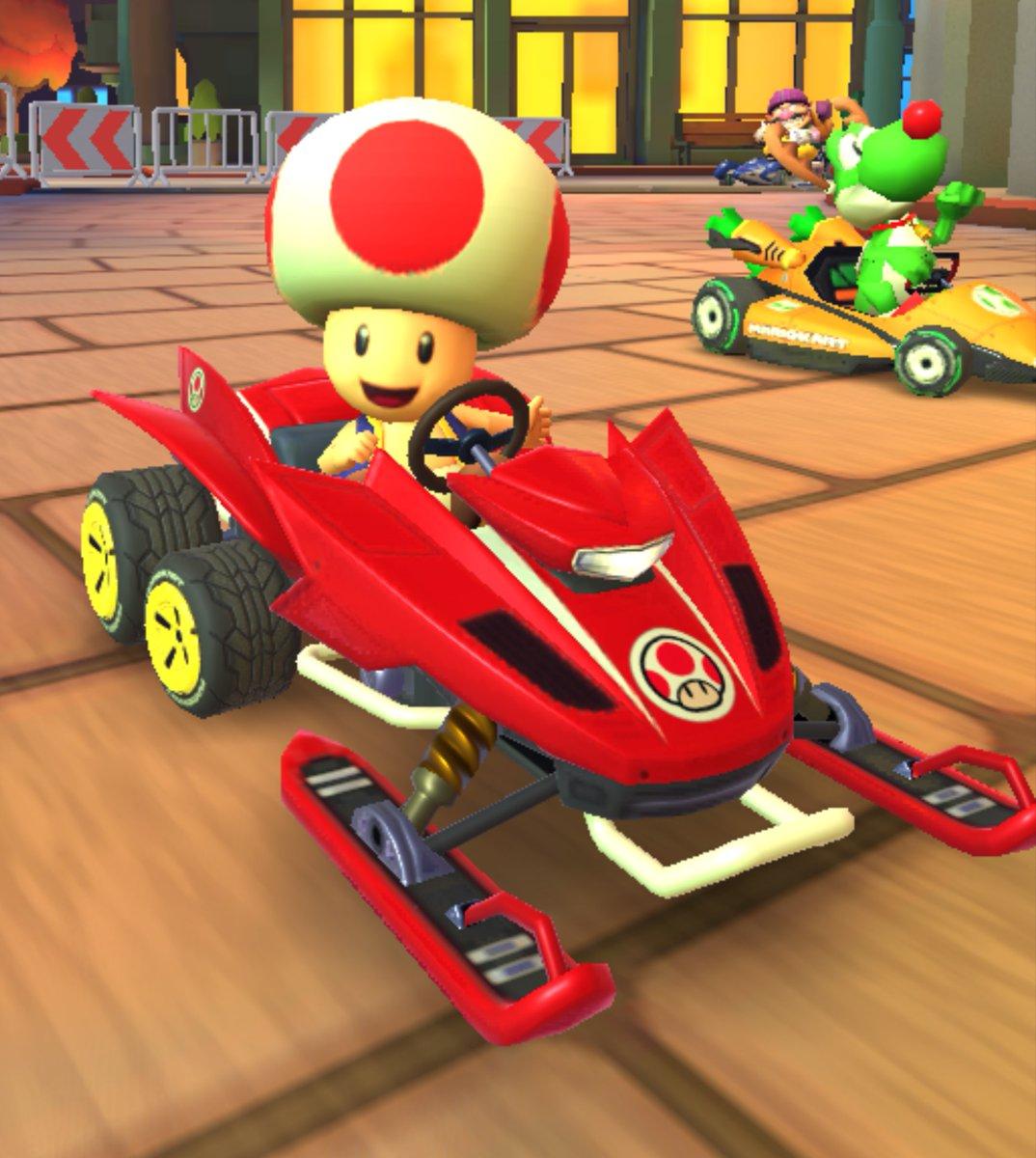 test ツイッターメディア - ゴールドギフトで貰えるスノーモービル。マリパにもスノーモービルレースってミニゲームがあったなぁ(この時マシンの色は青だった)。 #マリオカートツアー https://t.co/qdGyLpECec
