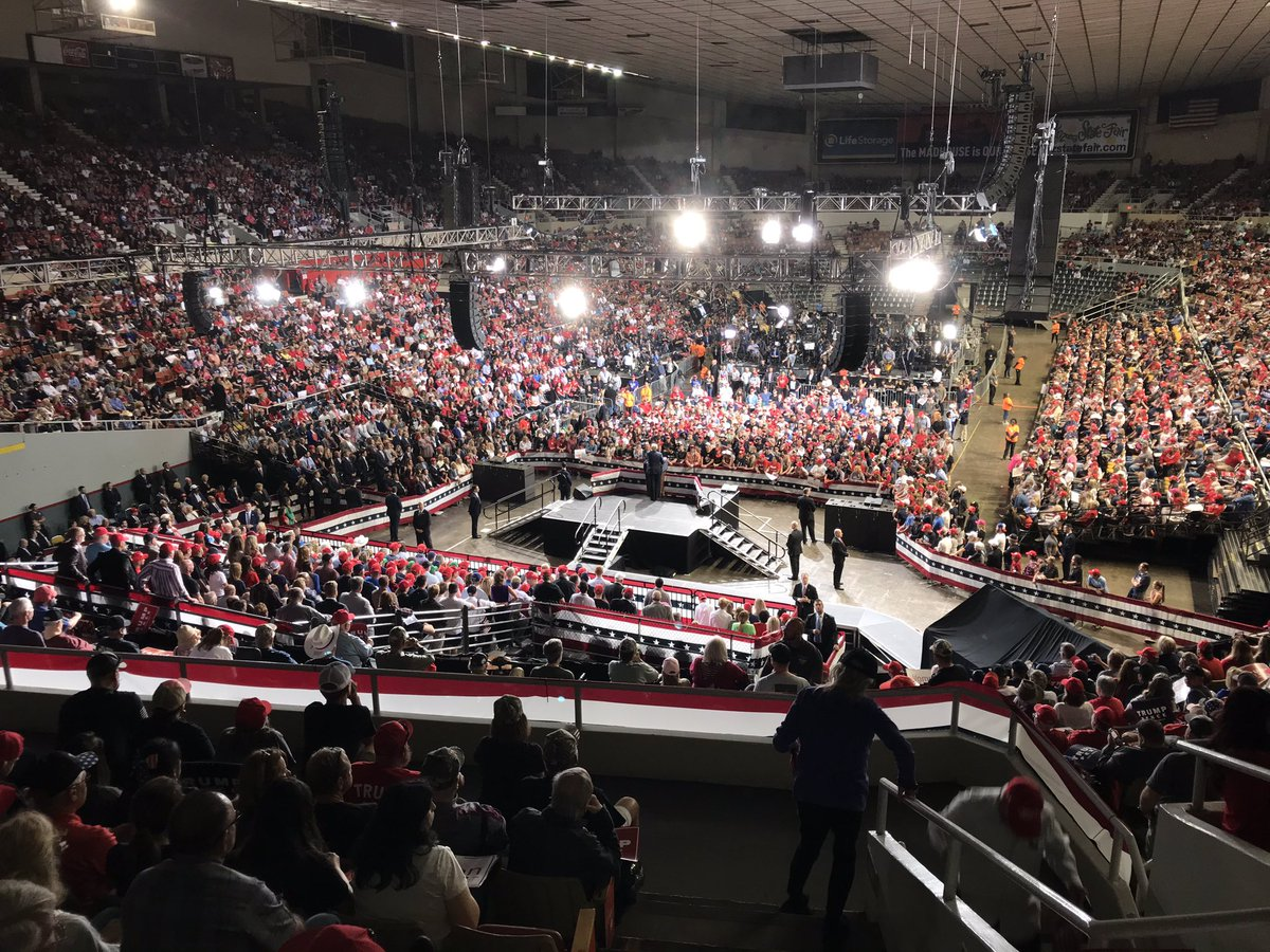 Unlike anything you've ever seen.  Thank you for coming to Phoenix, @realDonaldTrump. We've got your back in Arizona and we are ready to #KAG! #LeadRight 🇺🇸🐘❤️🌵 pic.twitter.com/QBIe88FbII